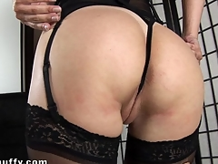 Lovely lesbos are having steamy sexy cunt playing time