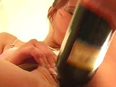 Sappy fresh honey is showing body and plays with vibrator